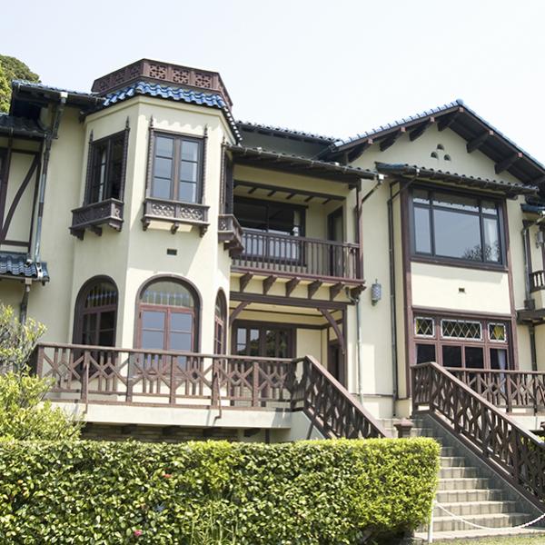 美しい庭園の残る旧前田邸(鎌倉文学館)